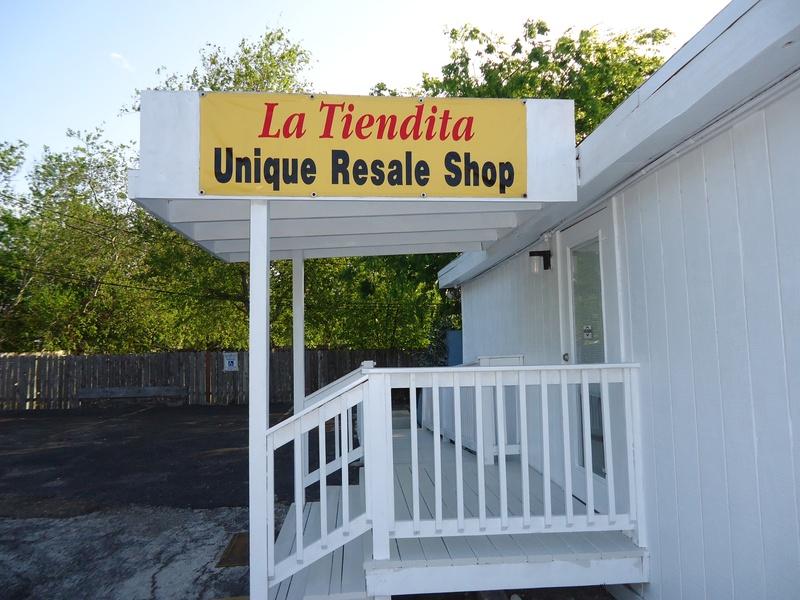 La Tiendita Christian & Resale Shop, 4906 Everhart Rd., Corpus Christi, TX, 78411, USA