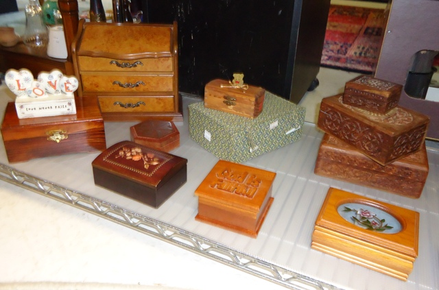 Trinkets and Jewelry boxes